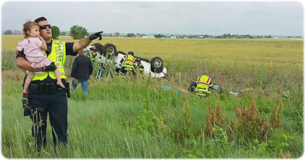 heroic-police-officer-distracts-child-car-accident-fb1
